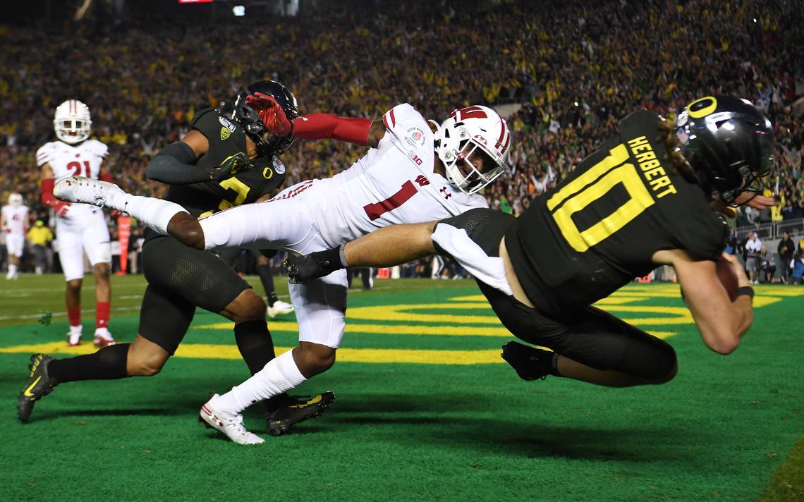 Bowl Games 2020: Oregon verslaat Wisconsin, Alabama langs Michigan