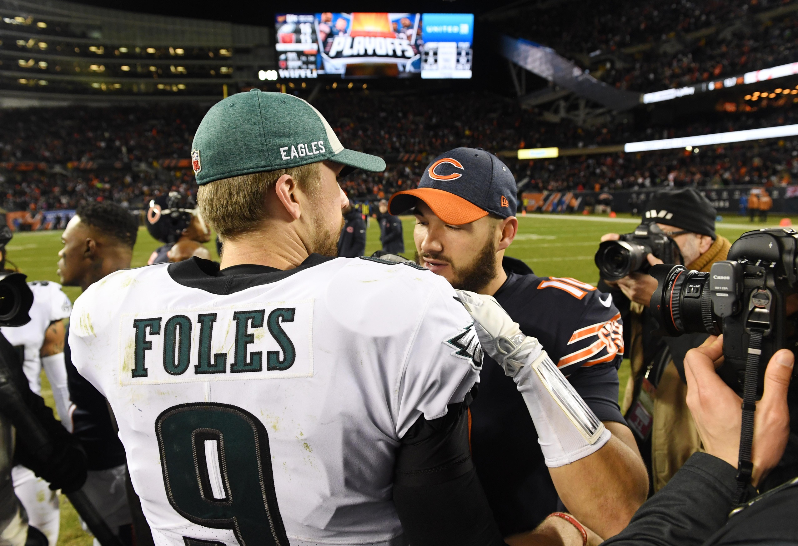 Trubisky en Foles gaan dit off-season de strijd aan in Chicago
